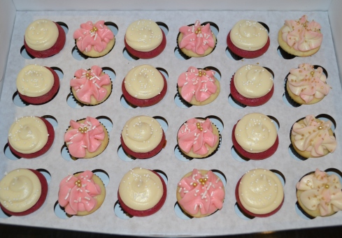 Assorted Cupcakes Valentine's Day Sugar Mamas Dessert Co. Carolyn Horbaczyk